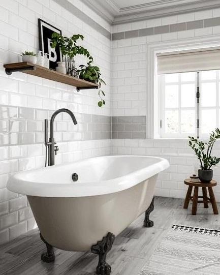 GREY WHITE METRO BATHROOM